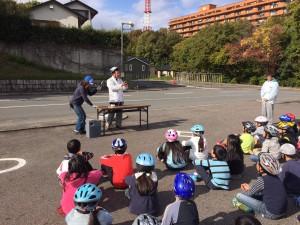 20171116滝小ヘルメット効果実験